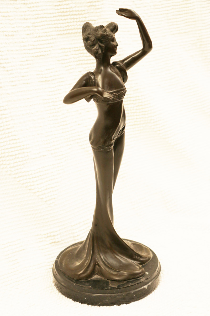 BKR appraisers; antique statues home inventory list, antique glass, antique engagement rings, and more in St. Louis MO